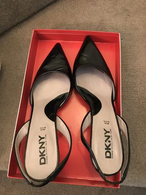 DKNY shoe for Sale in Los Angeles, CA