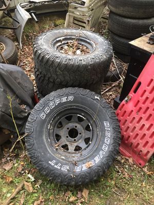Jeep wheels for Sale in Westfield, MA