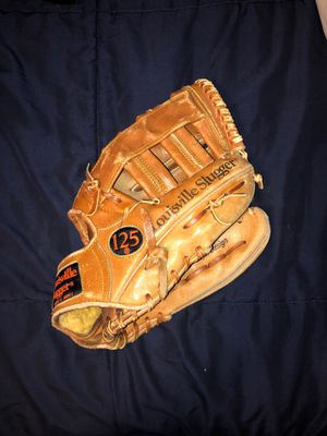 louisville slugger baseball glove for Sale in Los Angeles, CA
