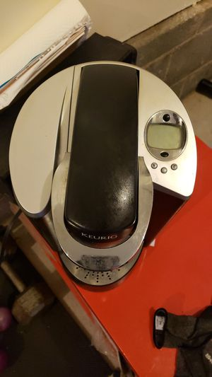 Keurig coffee machine for Sale in Hampton, VA