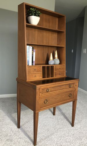MCM mid century modern secretary/desk for Sale in Trout Valley, IL