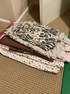 Free sheets, pillowcases, duvet covers for Sale in Shoreline, WA