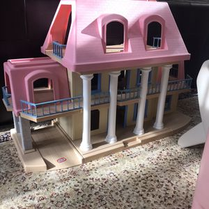 Little Tikes Doll House for Sale in Aldie, VA