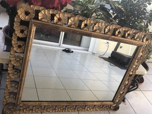 Antique mirror for Sale in Boynton Beach, FL