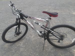 26 inch Mongoose mountain bike for Sale in PA, US