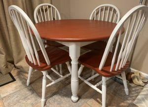 KITCHEN TABLE AND CHAIR SET for Sale in Covington, WA