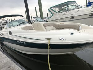 '03 Sea Ray Sundeck 240 for Sale in Southlake, TX