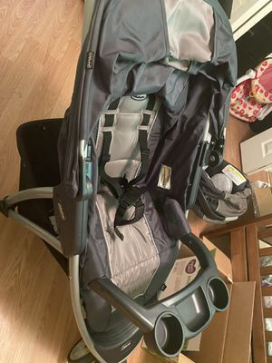 Chicco Vario Travel System for Sale in Hoquiam, WA