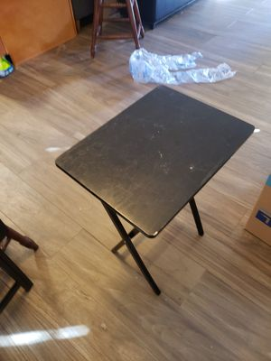 Tiny table that folds for Sale in Los Angeles, CA
