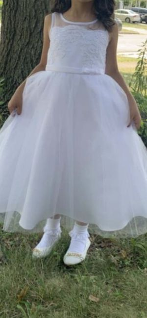 Flower girl dress for Sale in Garden Grove, CA