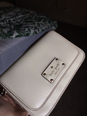 Small White Kate Spade Purse for Sale in San Clemente, CA