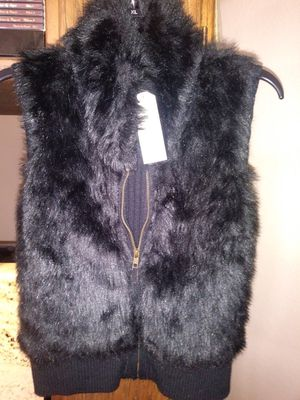 NEW faux fur vest for Sale in Marysville, WA