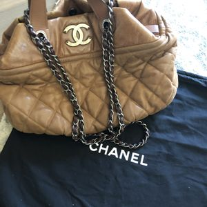 Chanel Quilted Tote for Sale in Phoenix, AZ