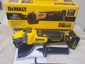 Dewalt DCG416B 20V MAX* 4-1/2 IN. - 5 IN. BRUSHLESS CORDLESS PADDLE SWITCH ANGLE GRINDER WITH FLEXVOLT ADVANTAGE™ - TOOL ONLY for Sale in Vancouver, WA
