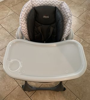 Chicco Poly High chair - baby highchair - used for Sale in Gilbert, AZ