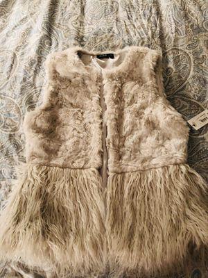 Brand new fur vest size Medium for Sale in Columbus, OH