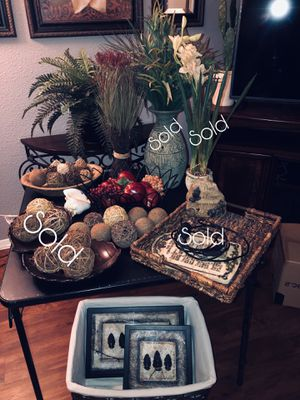 Home decor (Please read description) for Sale in Dallas, TX