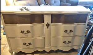 Dresser for Sale in Las Vegas, NV