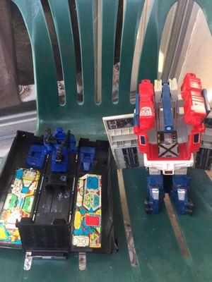 Vintage OPTIMUS Prime trailer parts toys for Sale in Montebello, CA