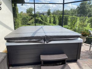 Signature Spa Hot tub for Sale in Longwood, FL