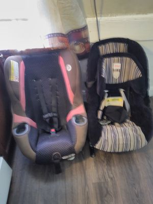 Two car seat for Sale in New Haven, CT