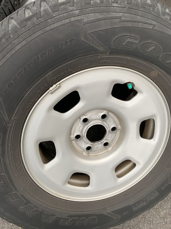Tire 6x120 for rim 16