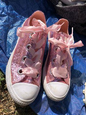 Girls converse size 4 for Sale in Alameda, CA