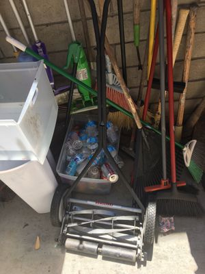 Craftsman mowers electric and manual for Sale in El Cajon, CA