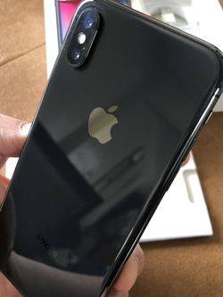 iPhone X Gray Unlocked For Any Carriers 64gb (Liberado para Cualquier Compania ) for Sale in Rosemead,  CA