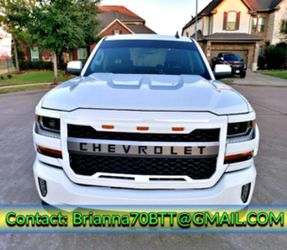 AM / FM STEREO 2O16 LTZ V8 Silverado for Sale in Springfield,  IL