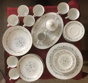 Acsons China dishes/Chantilly Japan for Sale in Menahga, MN