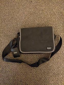 Sony Camera Shoulder Bag for Sale in Oakland,  CA