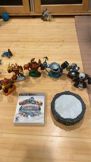 Skylander Giants Game+ Game Piece + Giants for Sale in Hacienda Heights, CA