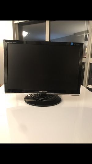 "Samsung 21.6"" computer monitor for Sale in Chicago, IL"