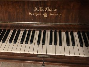 Antique 1897 A.B. Chase piano for Sale in Seattle, WA
