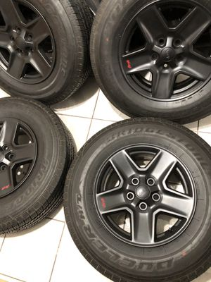 Jeep Cherokee 4x4 wheels 17 inch !!! for Sale in Huntington Park, CA