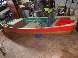 Bass~a~noe. / canoe turned bass boat for Sale in Villa Ridge, MO