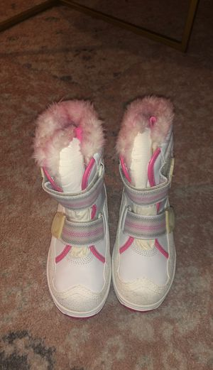 Snow boots for Sale in Whittier, CA