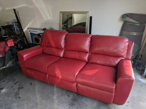 Leather recliner couch for Sale in Phoenix, AZ