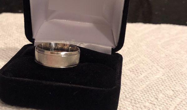 Wedding Ring (White Gold, 10k)