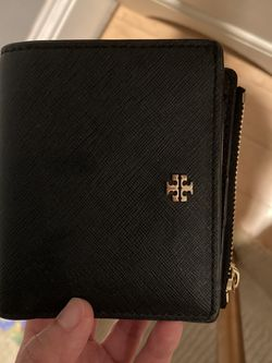 Tory Burch Wallet for Sale in Melrose,  MA