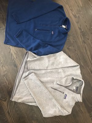 To men's Patagonia sweater's size M for Sale in Chicago, IL