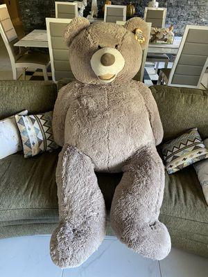 Big teddy bear for Sale in Tamarac, FL
