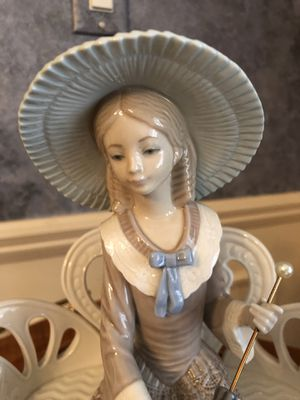 "Lladro figurine ""Waiting in the Park"" for Sale in Northville, MI"