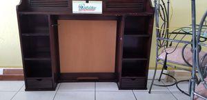 Bookshelve (Wood) for Sale in Miami, FL