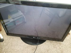 "42"" TV for Sale in La Vergne, TN"