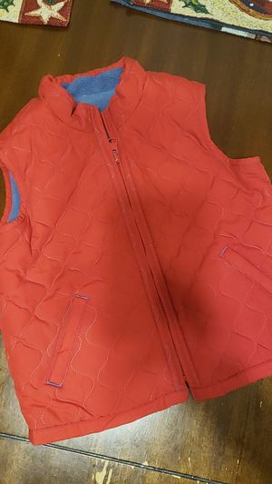 Chalequito niño talla 4T marca Old Navy for Sale in Bell, CA
