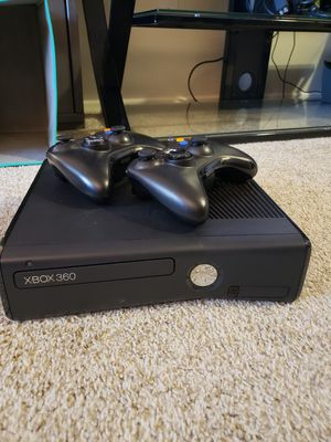 Xbox 360 with two wireless controllers for Sale in Tacoma, WA