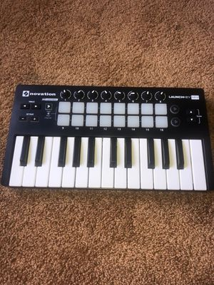 Novation Launchkey Mini MK2 !!! for Sale in Los Angeles, CA