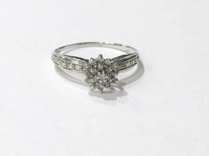 10K White Gold Woman's Star Cluster Ring Size: 7 with 0.19cttw Diamonds $109.99 for Sale in Tampa, FL